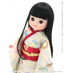 T17BMDD02 TONNER 8 '' Betsy McCall / Japanese Blossom